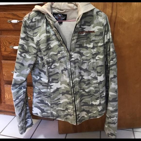 43ef72cd32aa6 Harley-Davidson Jackets & Blazers - Harley Davidson camouflage jacket. 🏍
